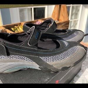 ECCO Travelite Mary Jane Sneakers 7-7.5 Black